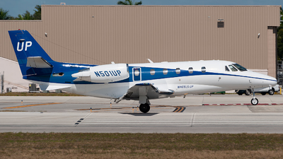 N501UP - Cessna 560XL Citation Excel - Wheels Up