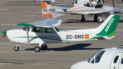 EC-GNS - Cessna 172N Skyhawk II - Aerotec