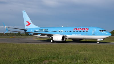 I-NEOW - Boeing 737-86N - Neos