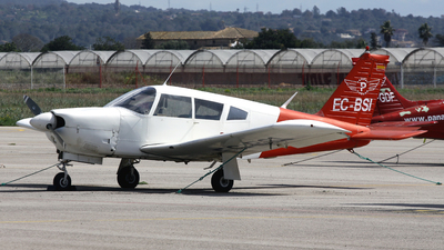 EC-BSI - Piper PA-28R-200 Cherokee Arrow - Private