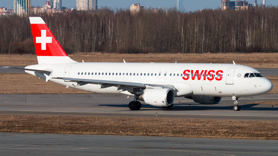 A picture of HBJLQ - Airbus A320214 - Swiss - © KomradAlexey