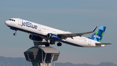 A picture of N984JB - Airbus A321231 - JetBlue Airways - © Angel Natal
