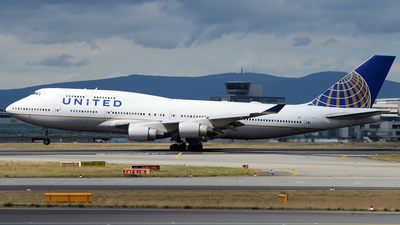 N121UA - Boeing 747-422 - United Airlines
