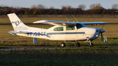 A picture of FGBGF - Cessna 210L Centurion - [21059607] - © bruno muthelet