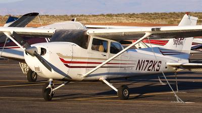 A picture of N172KS - Cessna 172S Skyhawk SP - [172S9481] - © BaszB