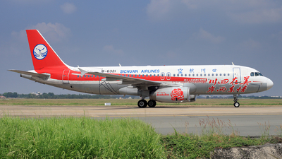 B-6321 - Airbus A320-232 - Sichuan Airlines
