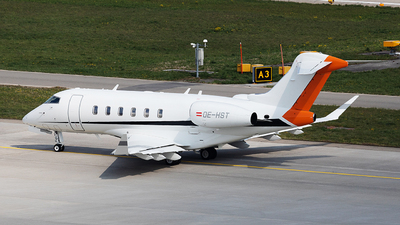 OE-HST - Bombardier BD-100-1A10 Challenger 350 - International Jet Management