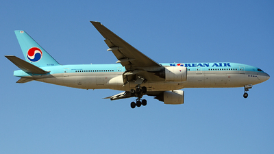 HL7764 - Boeing 777-2B5(ER) - Korean Air
