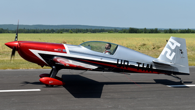 UR-TIM - Extra 330LX - Private