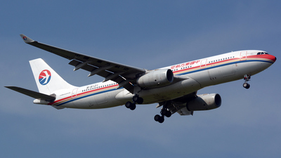 B-6121 - Airbus A330-243 - China Eastern Airlines