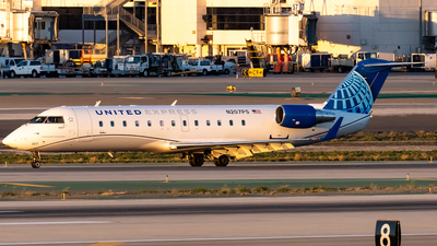 A picture of N207PS - Mitsubishi CRJ200ER - United Airlines - © Ricky Teteris