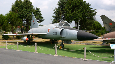 053386 - Convair F-102A Delta Dagger - Turkey - Air Force