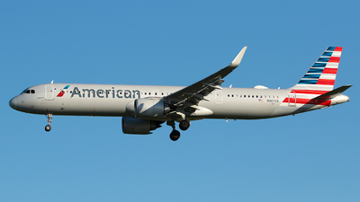 A picture of N407AN - Airbus A321253NX - American Airlines - © Angel Natal
