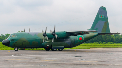 58-0754 - Lockheed C-130B Hercules - Bangladesh - Air Force