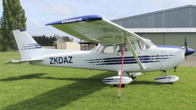 ZK-DAZ - Cessna 172L Skyhawk - Private