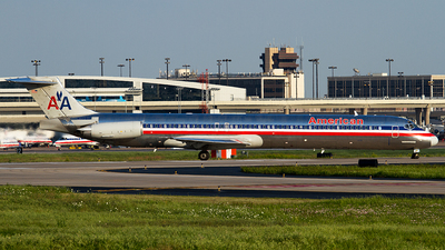 N9681B - McDonnell Douglas MD-83 - American Airlines