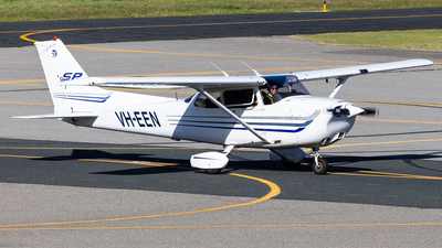 A picture of VHEEN - Cessna 172S Skyhawk SP - [172S9411] - © Brandon Giacomin