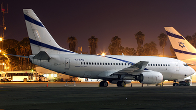 4X-EKD - Boeing 737-758 - Untitled