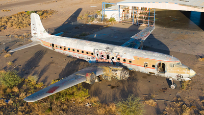 N4889C - Douglas DC-7B - Untitled
