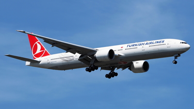 A picture of TCLJH - Boeing 7773F2(ER) - Turkish Airlines - © toeychincha