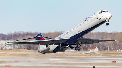N908DA - McDonnell Douglas MD-90-30 - Delta Air Lines