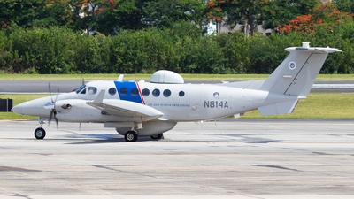 A picture of N814A - Beech 300 Super King Air 350C - [FM41] - © Marcos Perez Sanchez