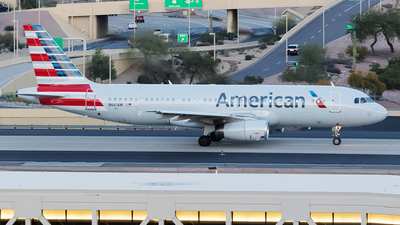 N661AW - Airbus A320-232 - American Airlines