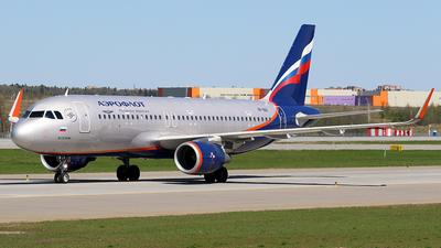A picture of VPBIX - Airbus A320214 - Aeroflot - © BizavMen