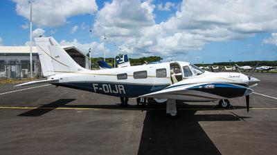 A picture of FOIJR - Piper PA34220T Seneca V - [3449216] - © william97