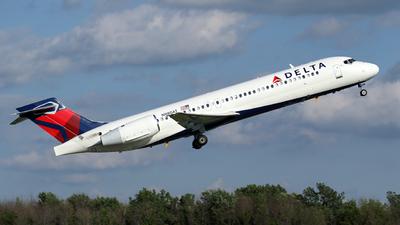 N980AT - Boeing 717-2BD - Delta Air Lines