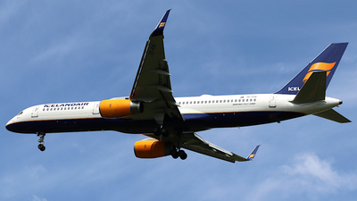 A picture of TFFIV - Boeing 757208 - Icelandair - © ms spot