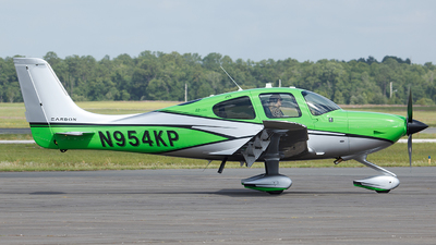 N954KP - Cirrus SR22-GTS Carbon - Private