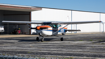 N1702R - Cessna R182 Skylane RG - Private