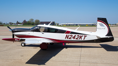 N242KT - Mooney M20V Acclaim Ultra - Private