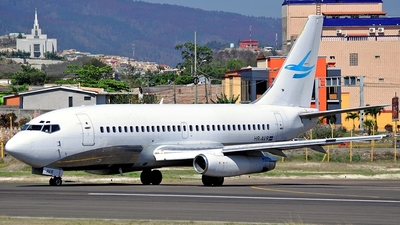 HR-AVR - Boeing 737-232(Adv) - Private
