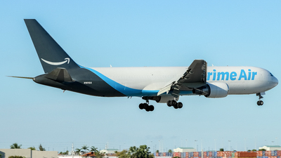 N1013A - Boeing 767-36N(ER)(BCF) - Amazon Prime Air (Atlas Air)