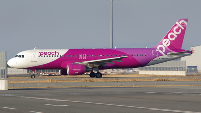 JA803P - Airbus A320-214 - Peach Aviation