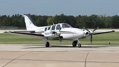 N64WR - Beechcraft 58 Baron - Private