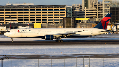 A picture of N829MH - Boeing 767432(ER) - Delta Air Lines - © xuxinyi1000
