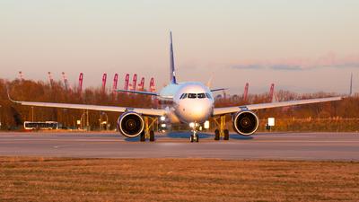 D-AVVV - Airbus A320-271N - Hong Kong Express