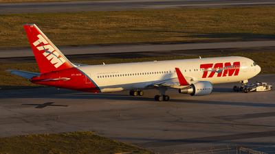 PT-MOB - Boeing 767-316(ER) - TAM Linhas A�reas