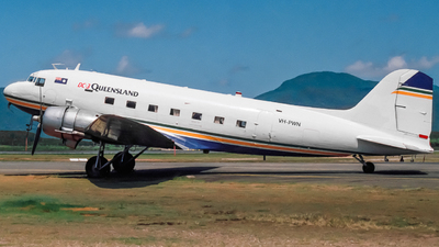 VH-PWN - Douglas DC-3C - Air Queensland