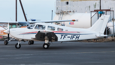 TF-IFH - Piper PA-28-181 Archer DX - Private