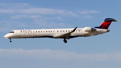 A picture of N831SK - Mitsubishi CRJ900LR - Delta Air Lines - © Jeremy D. Dando