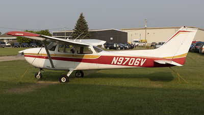 A picture of N9706V - Cessna 172M Skyhawk - [17264482] - © Jeremy D. Dando