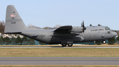 83-0489 - Lockheed C-130H Hercules - United States - US Air Force (USAF)