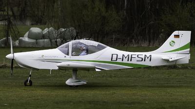 D-MFSM - Breezer B400 - Flugstunde