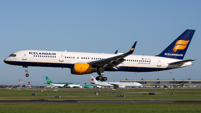 TF-FIS - Boeing 757-256 - Icelandair