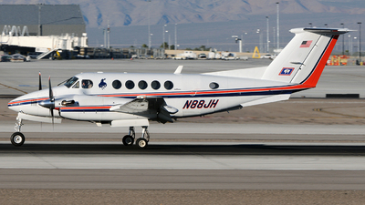 A picture of N88JH - Beech King Air 200 - [BB1331] - © FOKKER AIRCRAFT