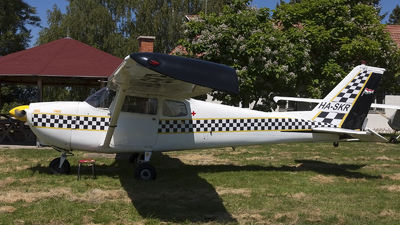 HA-SKR - Cessna 175C Skylark - Private